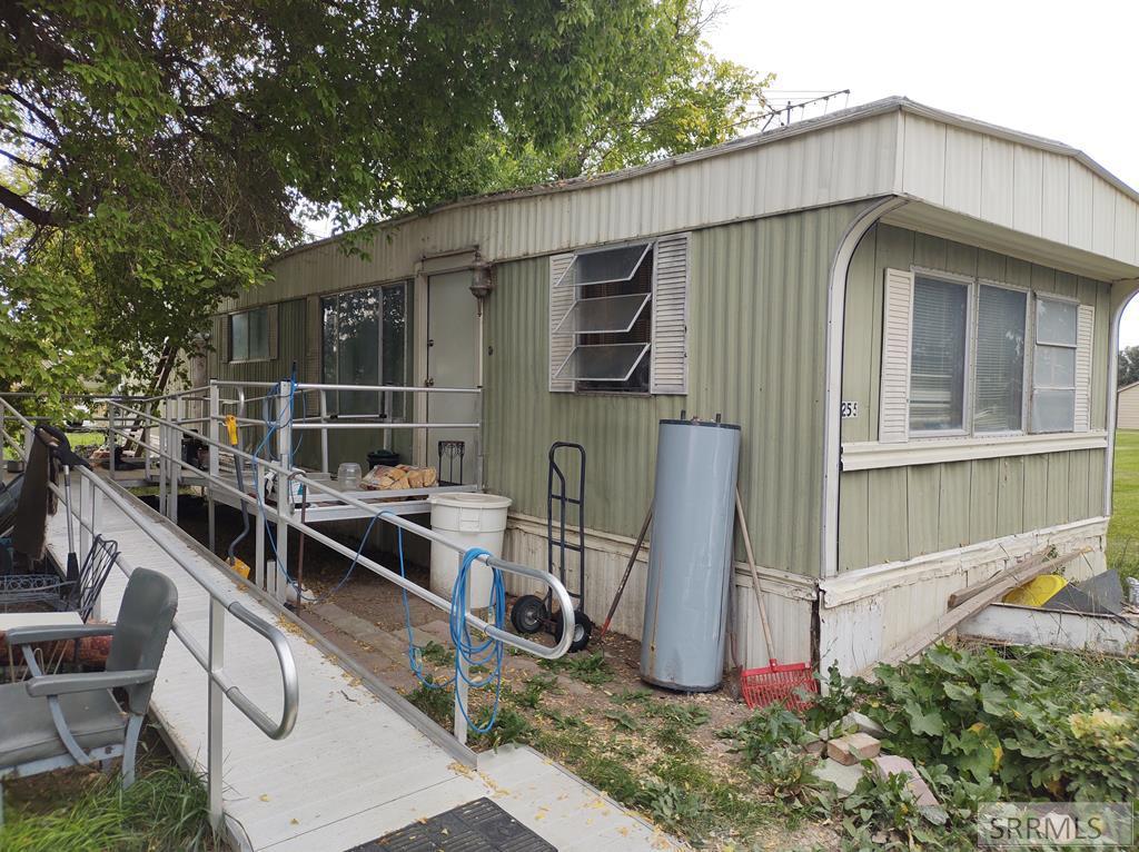 255 W Kootenai Street Property Photo