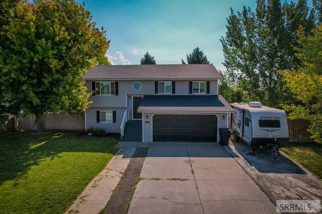 320 Meadowlark Drive Property Photo