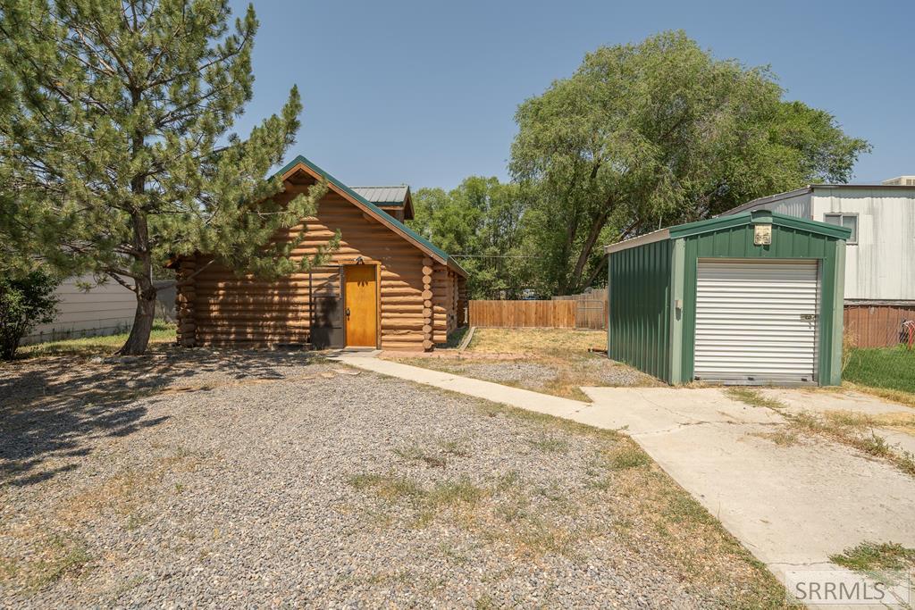 827 W 2 S Property Photo