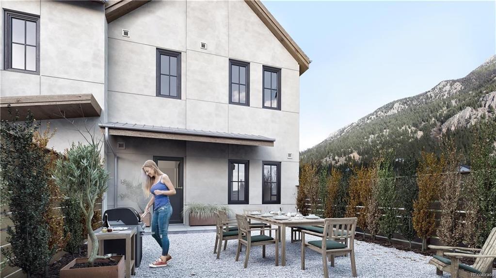 611 Blue Spruce Ln #150 Property Photo