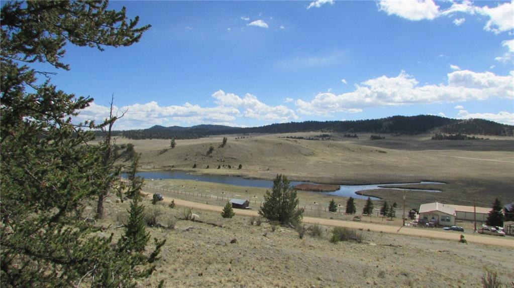 32 Yellowstone Road Property Photo