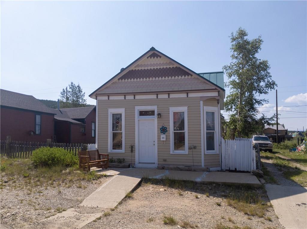 415 E 5th Street Property Photo
