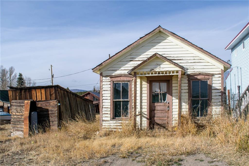 116 E 13th Street Property Photo