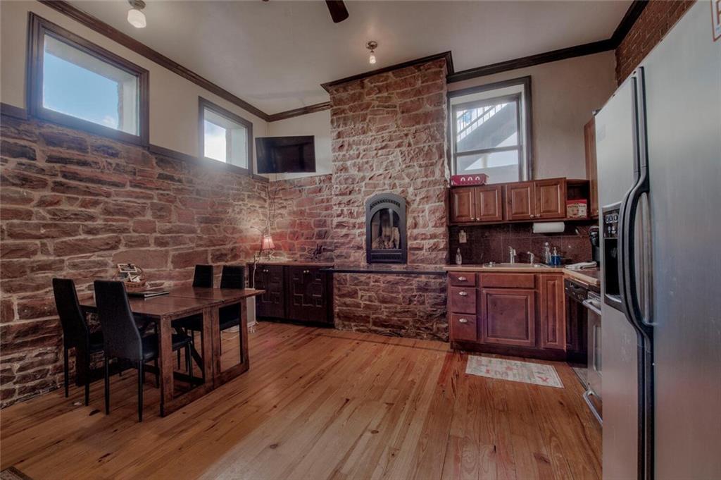 104 Old Saint Vincents #104 Property Photo 1