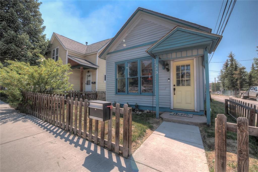 113 E 9th Street Property Photo 1