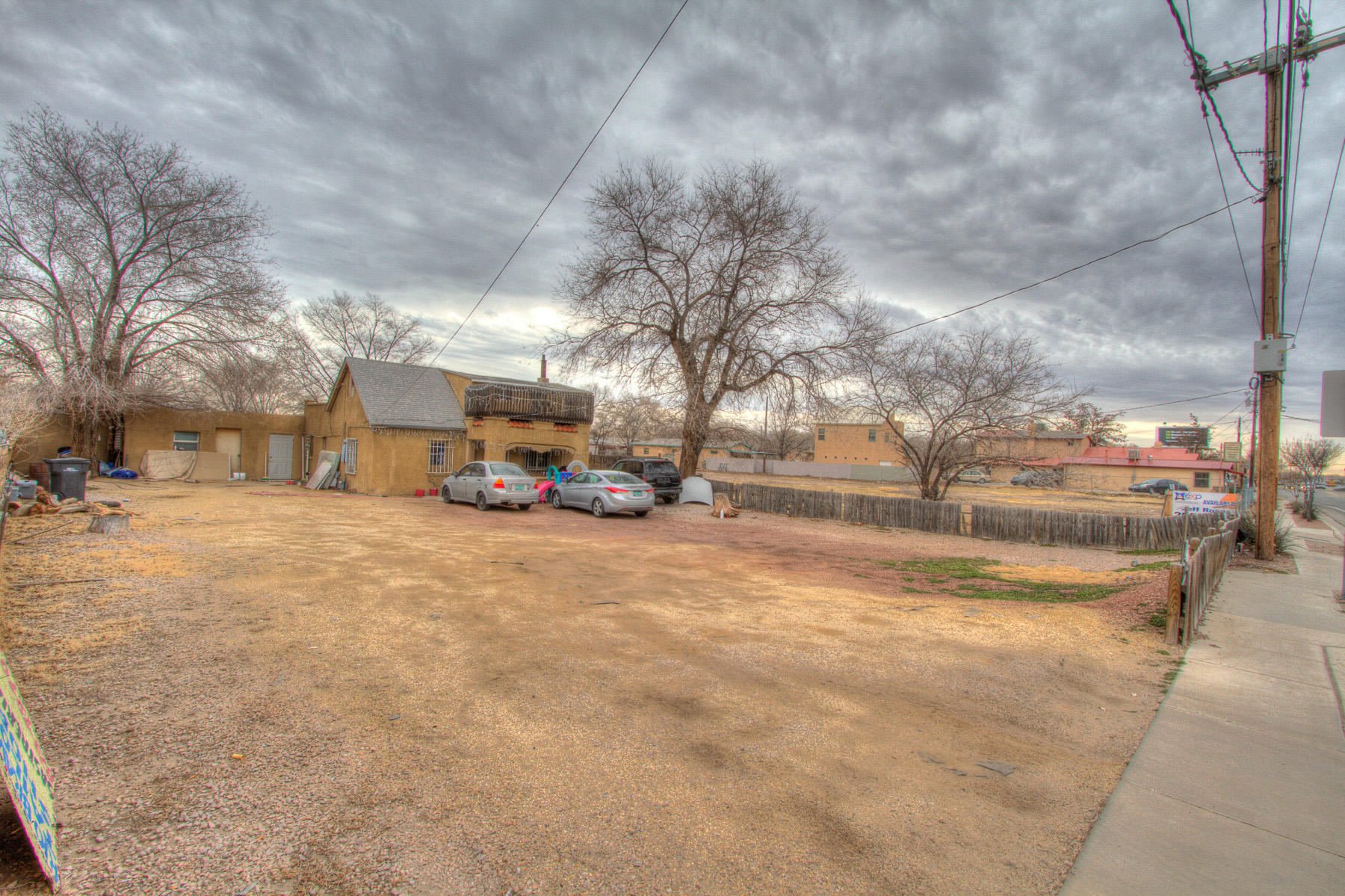 2410 Isleta Boulevard SW Property Photo - Albuquerque, NM real estate listing