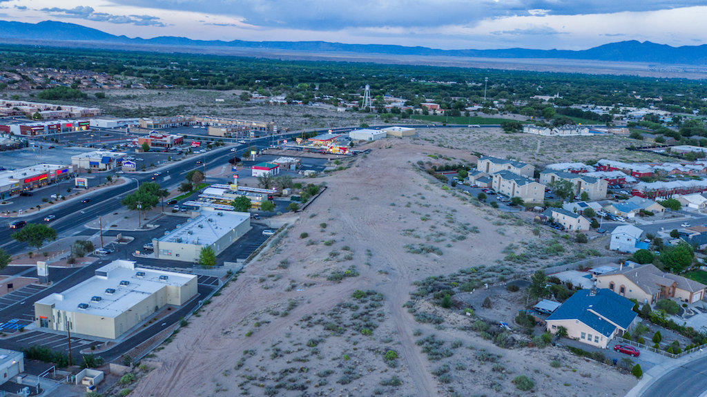 Main/Grant Property Photo - Los Lunas, NM real estate listing