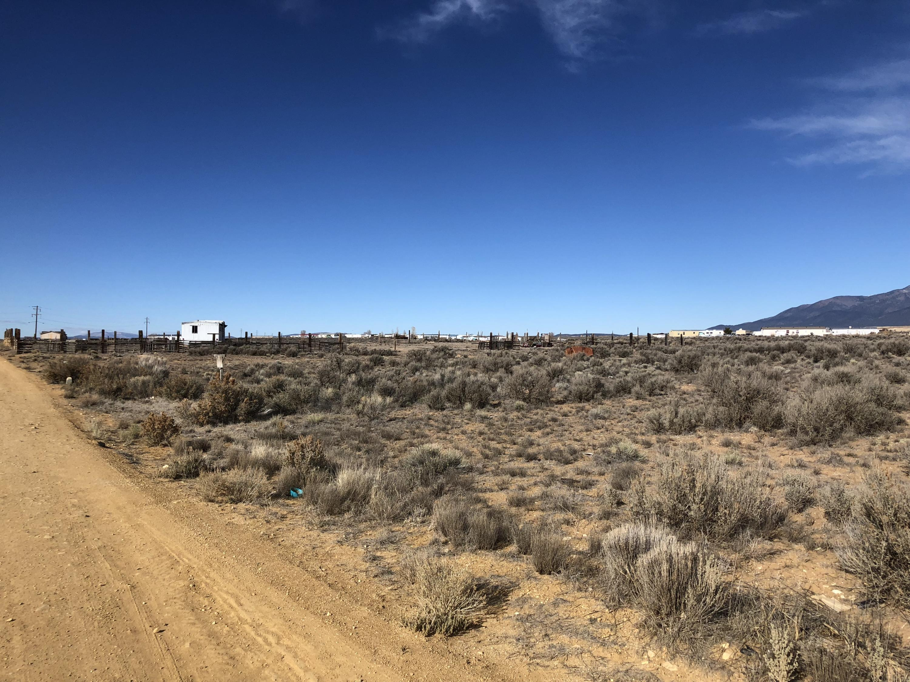 0 Toda Vista Road Property Photo - Taos, NM real estate listing