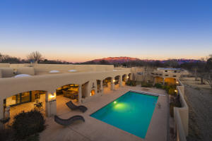 10040 Los Cansados Road NW Property Photo - Albuquerque, NM real estate listing