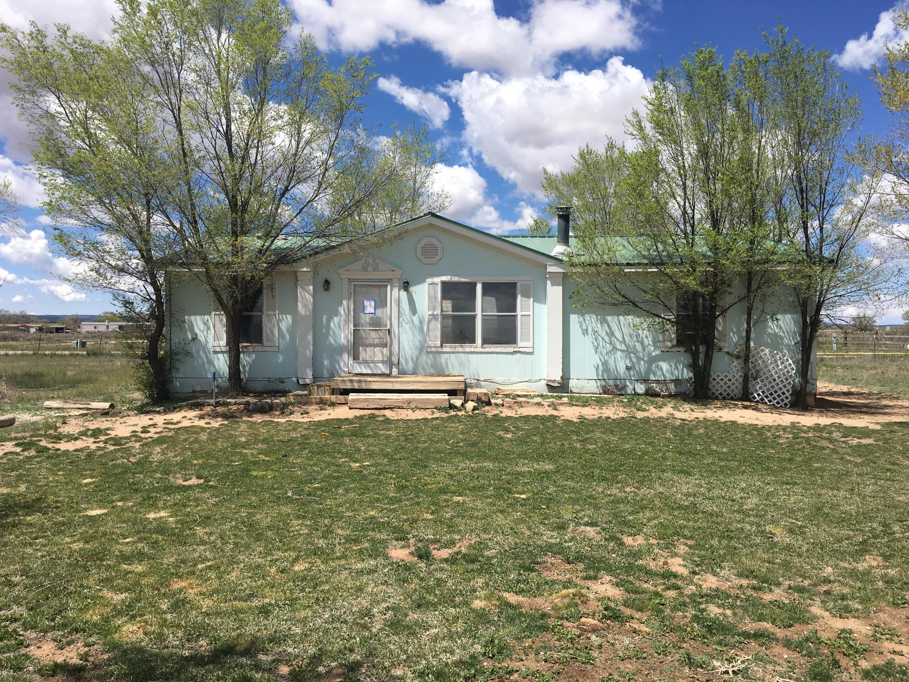 9 Peace Lane Property Photo - Moriarty, NM real estate listing