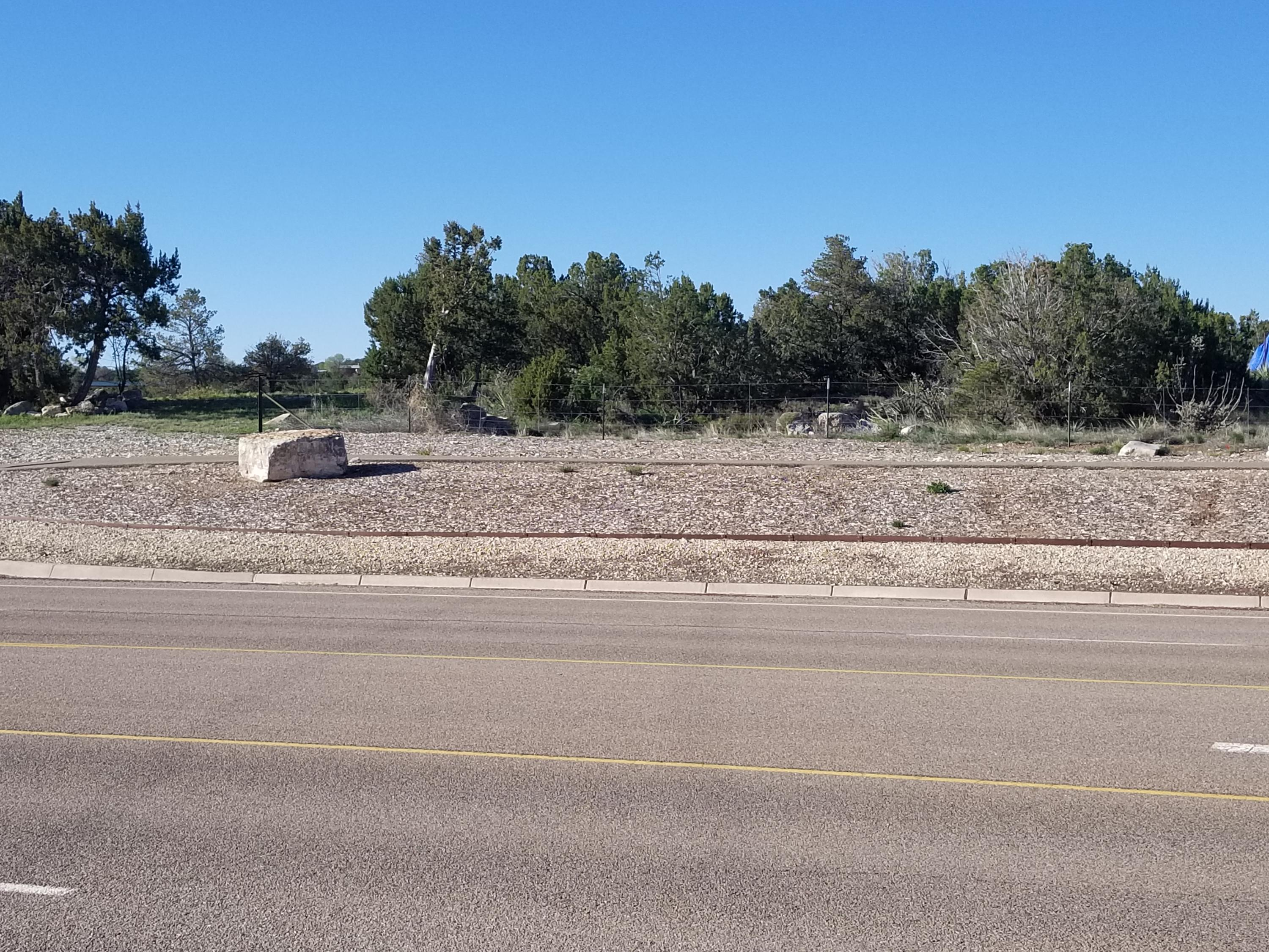 1914 Us Route 66 Property Photo