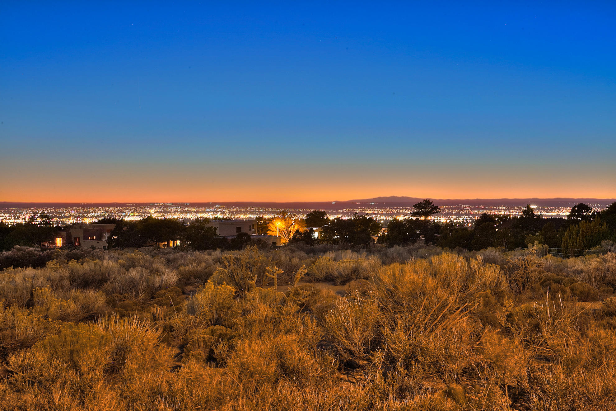 4915 Cresta Del Sur Court NE Property Photo - Albuquerque, NM real estate listing