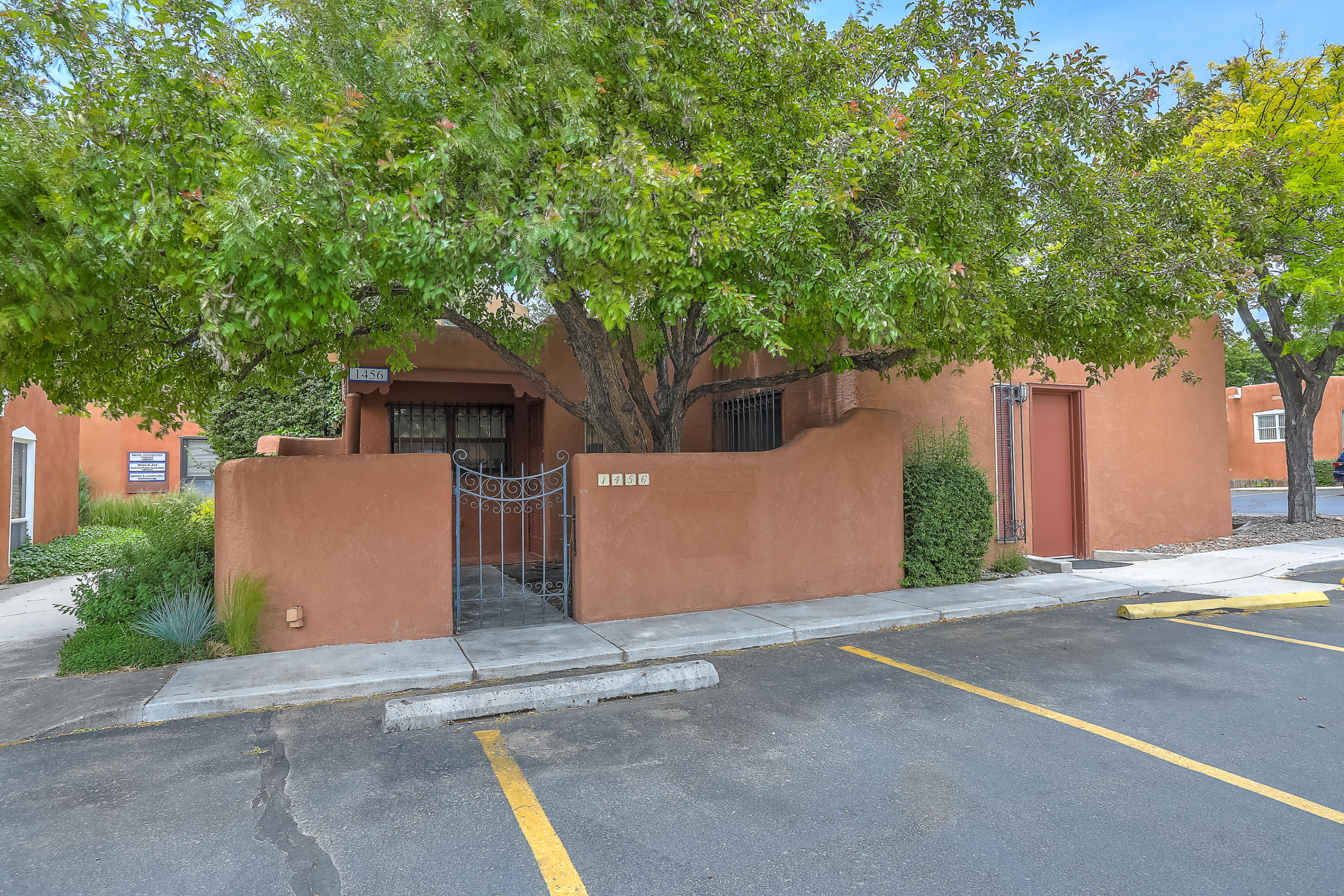 1456 S Saint Francis Drive Property Photo - Santa Fe, NM real estate listing