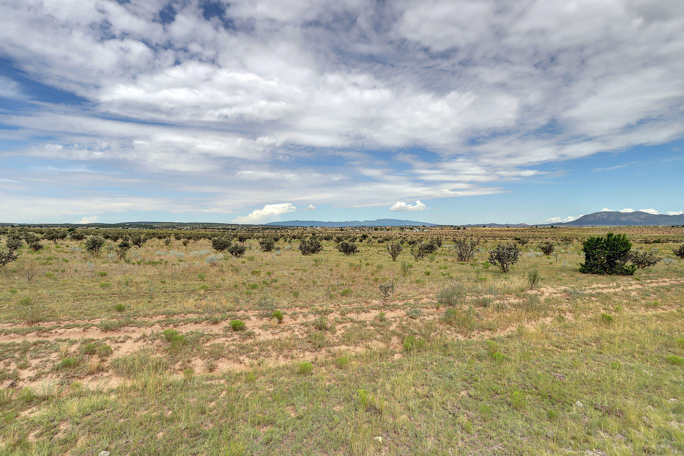 65 Bassett Road Property Photo - Edgewood, NM real estate listing