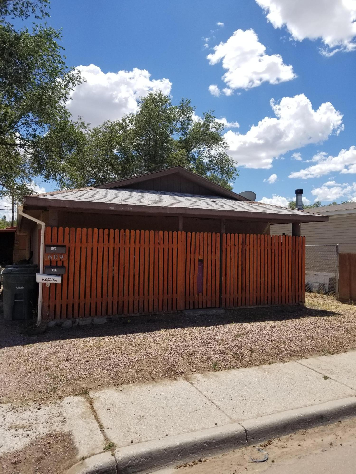 609a &609b Mesa Avenue Property Photo - Gallup, NM real estate listing