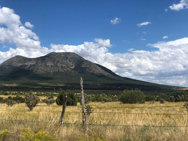 201 Entranosa Road Property Photo - Edgewood, NM real estate listing