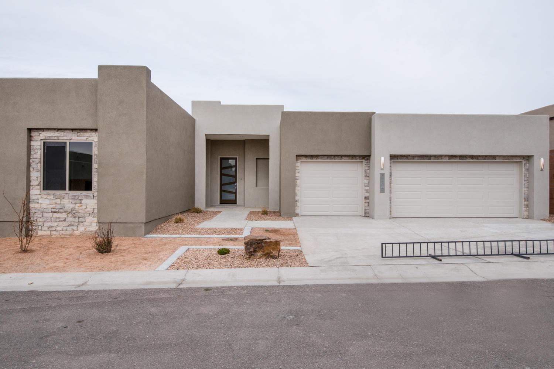 Desert Ridge Pointe Real Estate Listings Main Image