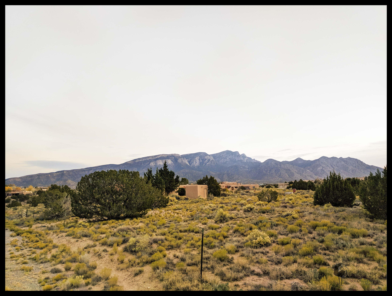 Ocate Court Property Photo - Placitas, NM real estate listing