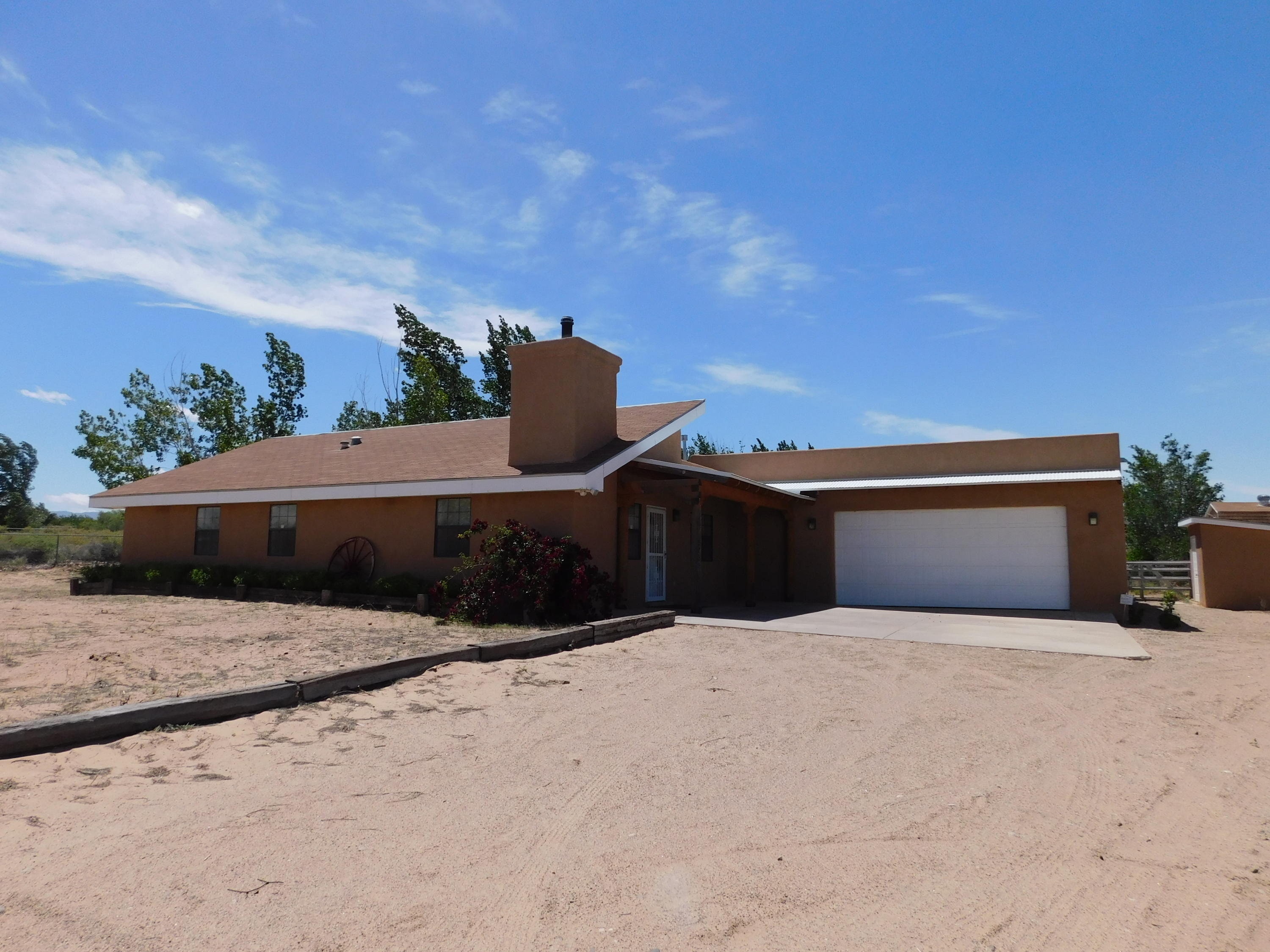 10 FRANCES Road Property Photo - Los Lunas, NM real estate listing