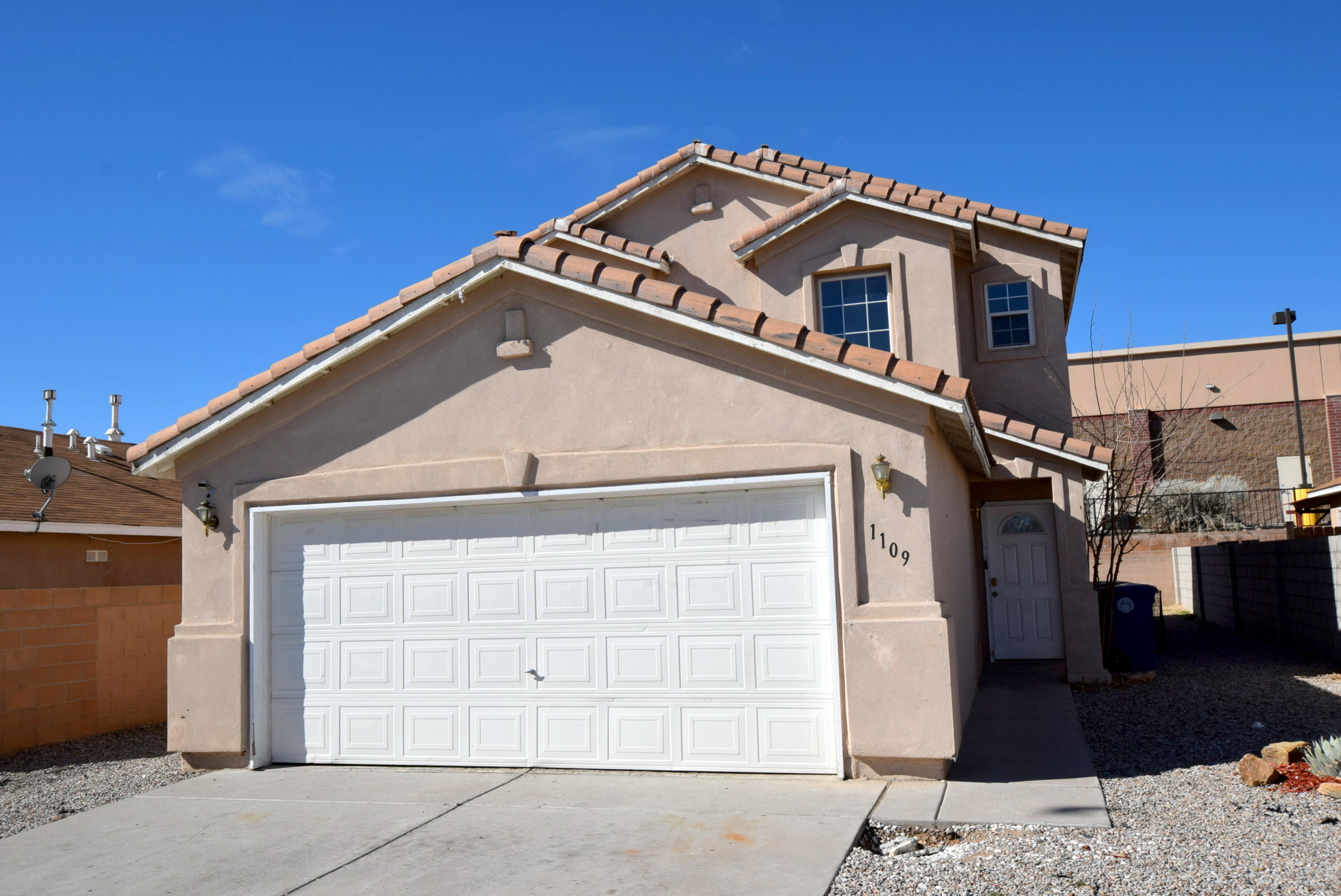 1109 SHAWNDRA Drive SW Property Photo - Albuquerque, NM real estate listing