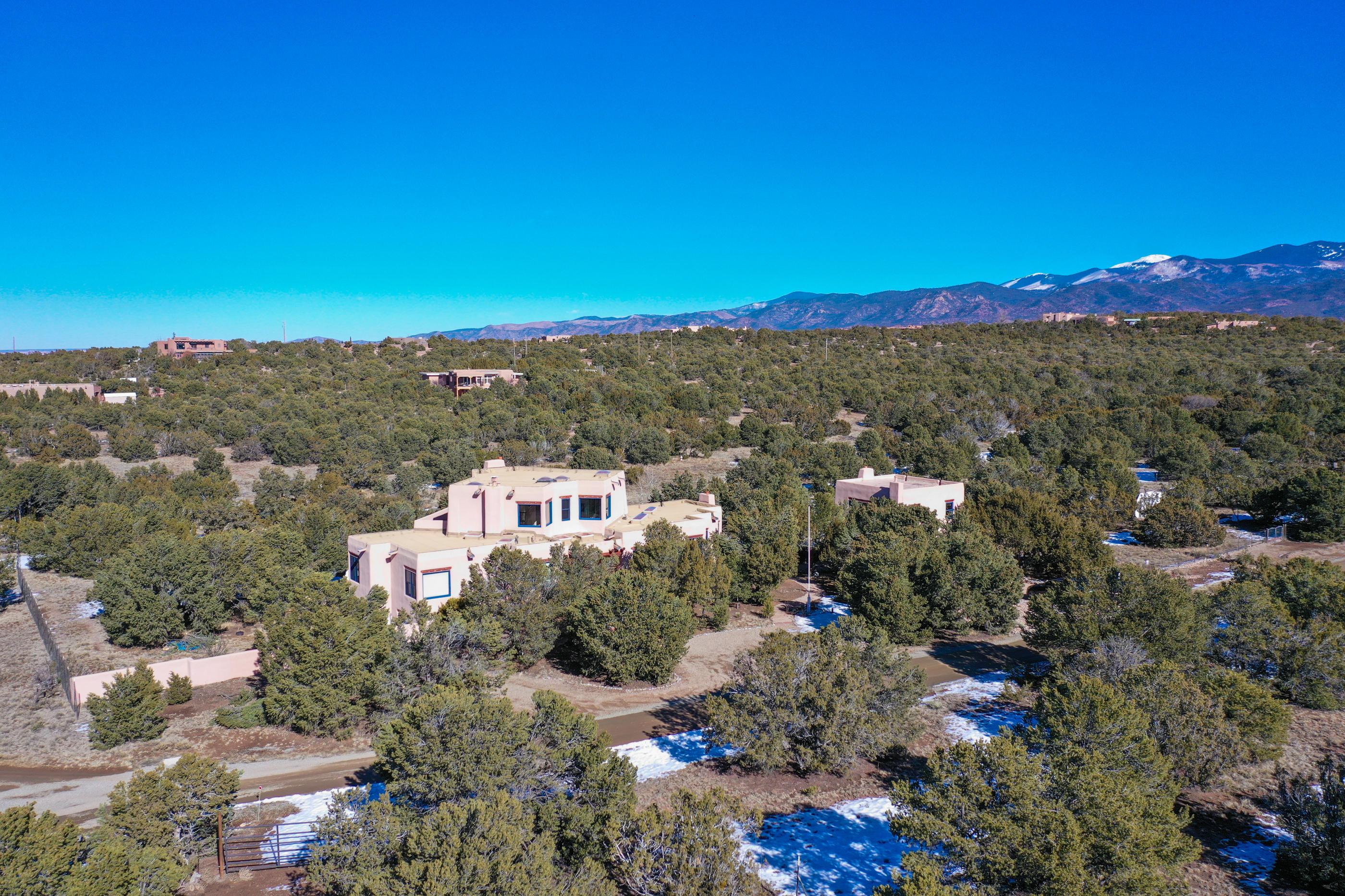 12 VIA SAN MARTIN, Santa Fe, NM 87506 - Santa Fe, NM real estate listing