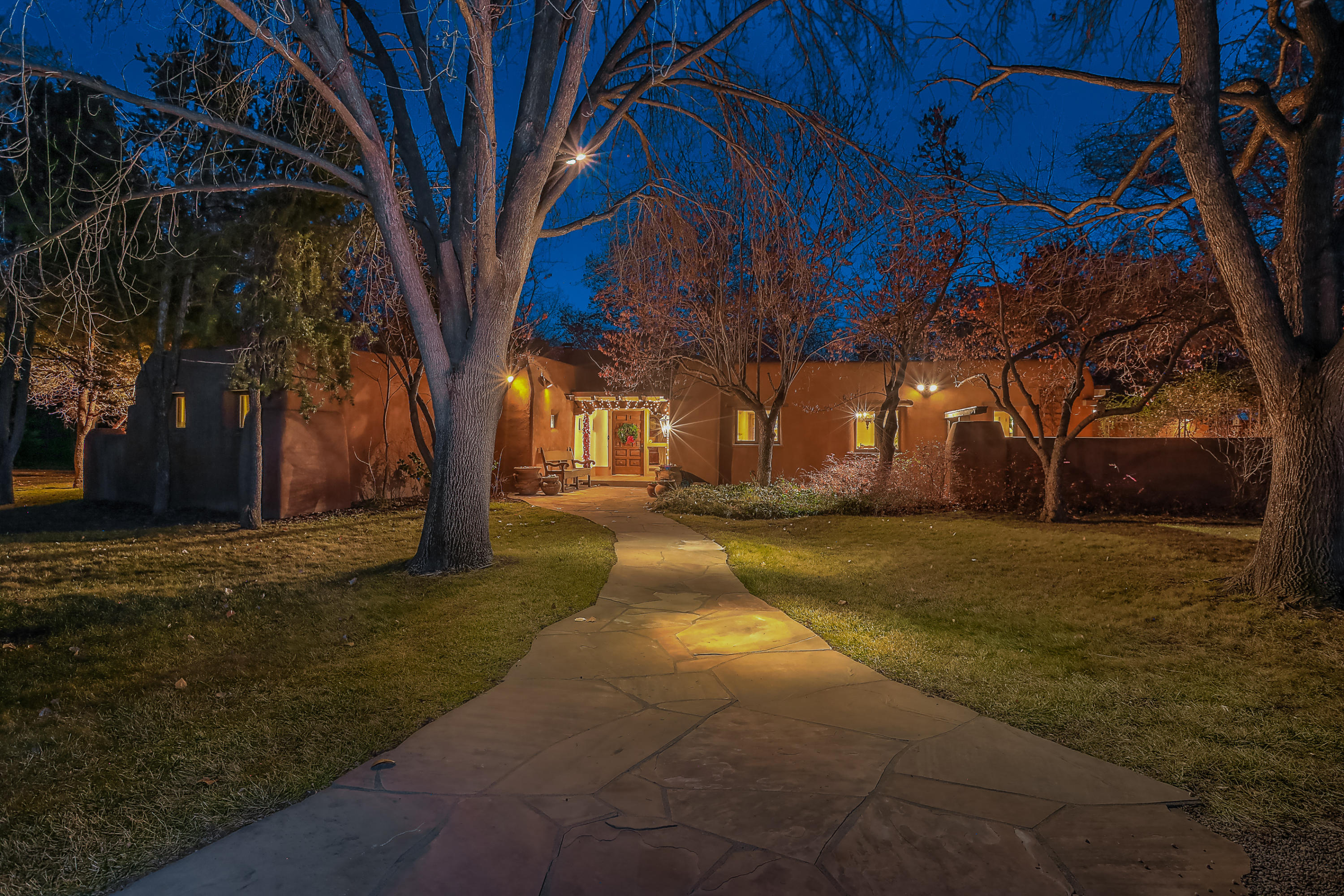 2030 Los Poblanos Place NW, Los Ranchos, NM 87107 - Los Ranchos, NM real estate listing