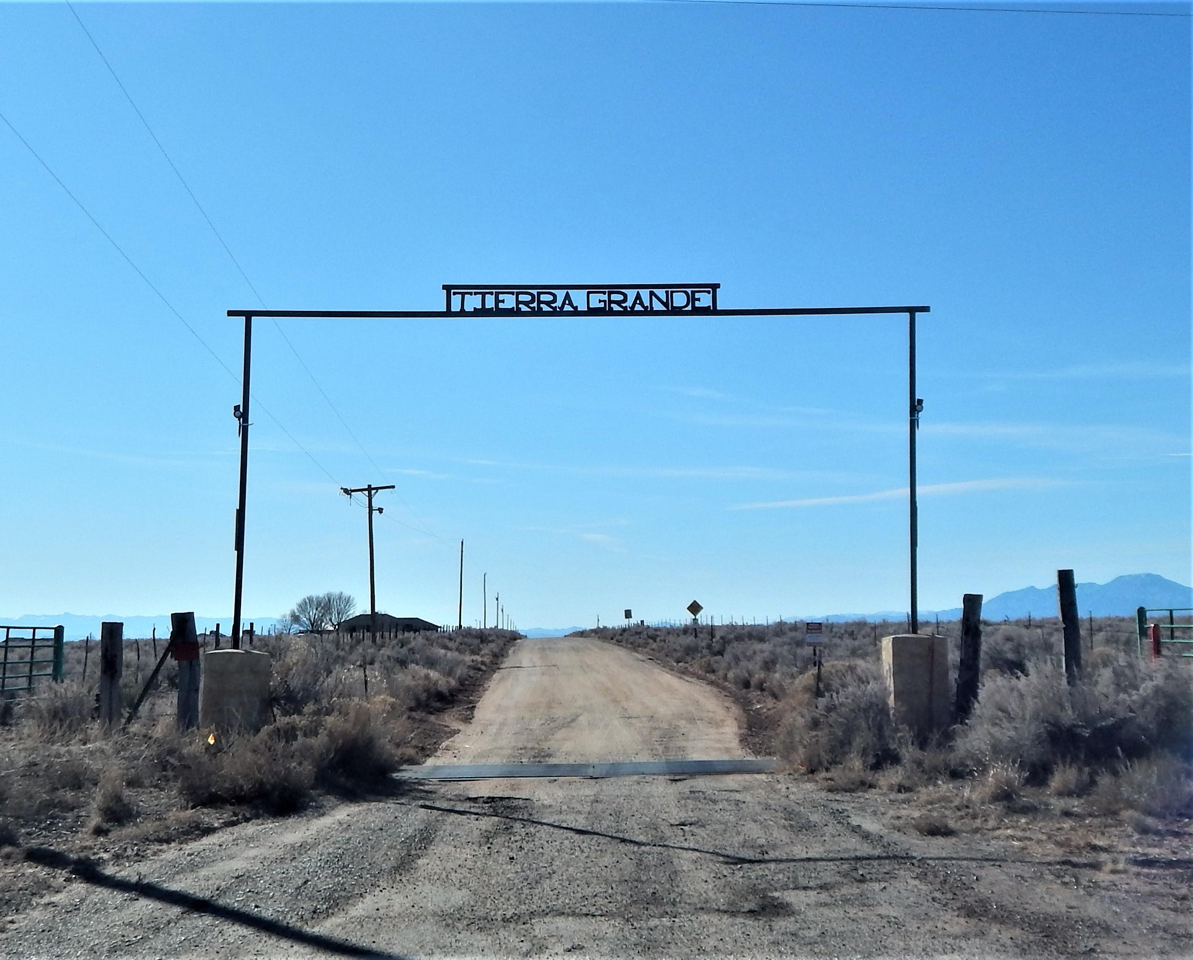 W Ensayo TG-L8B10U4 Road Property Photo - Rio Communities, NM real estate listing