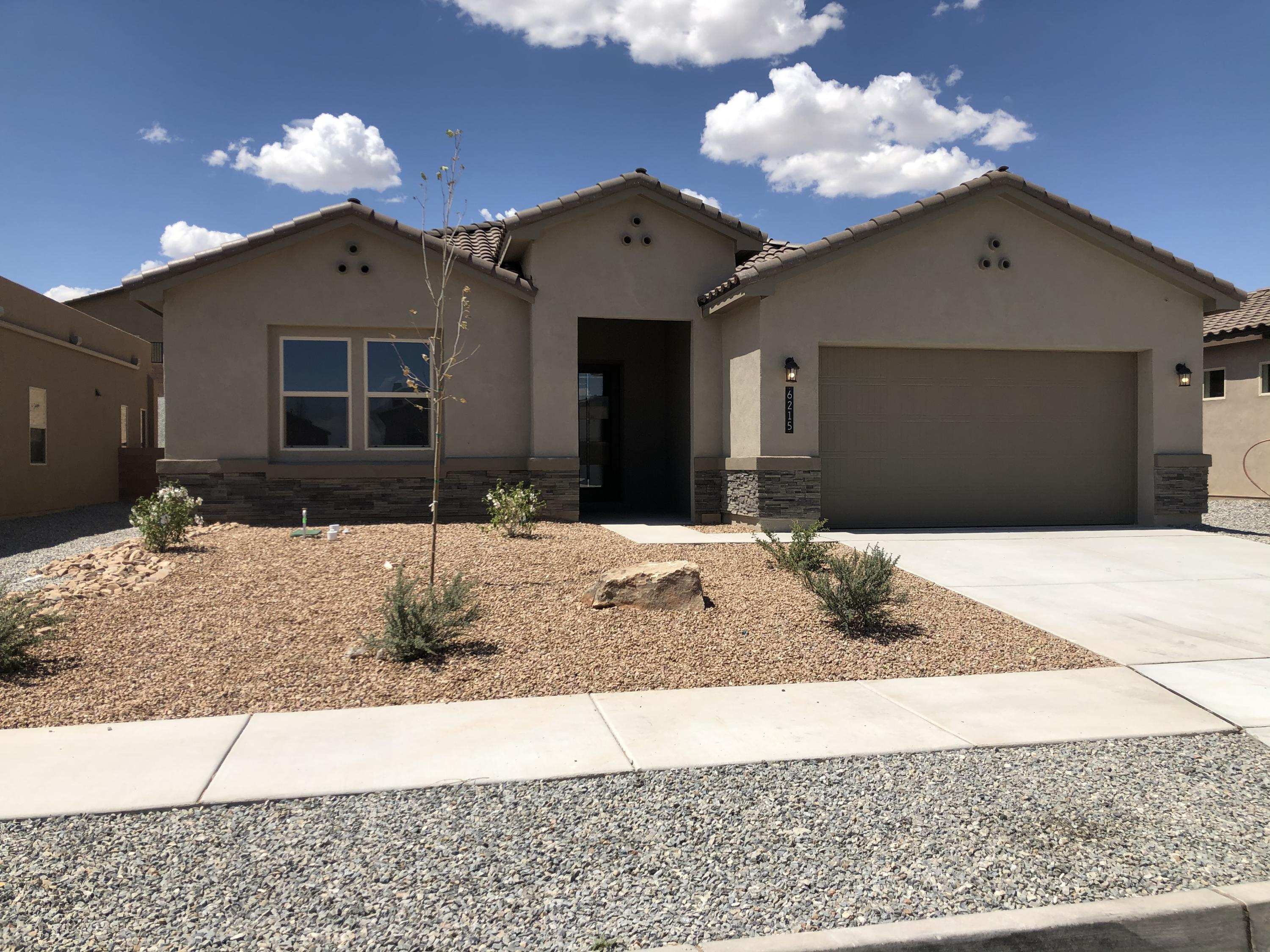 6215 Buckthorn Avenue NW Property Photo - Albuquerque, NM real estate listing