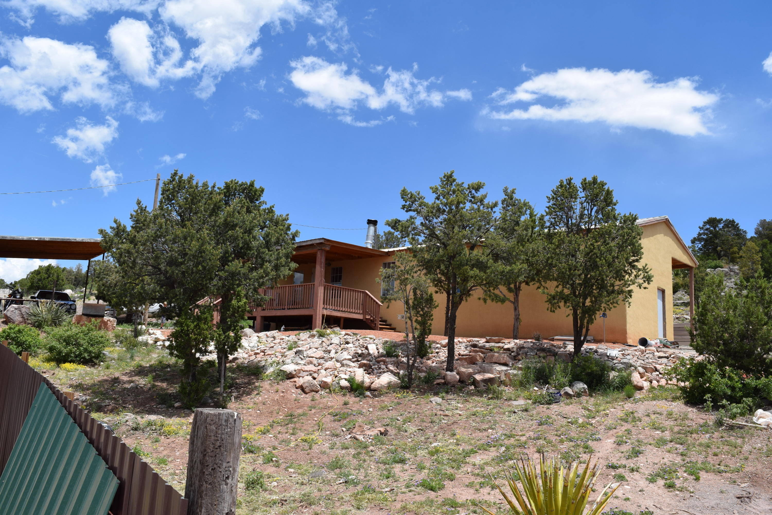 11 VALLEY VIEW Road Property Photo - Moriarty, NM real estate listing