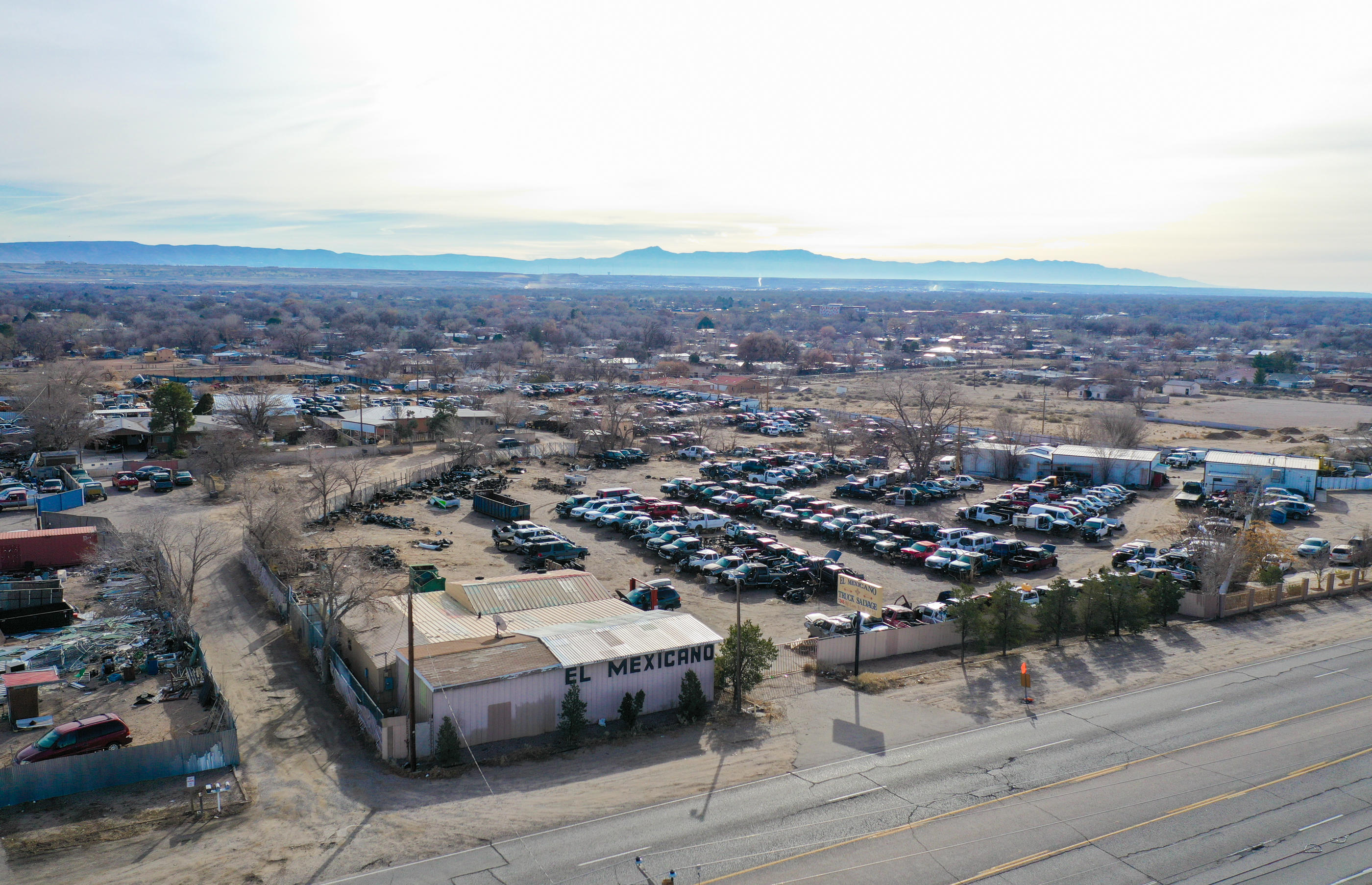 1246 COORS Drive SW Property Photo - Albuquerque, NM real estate listing