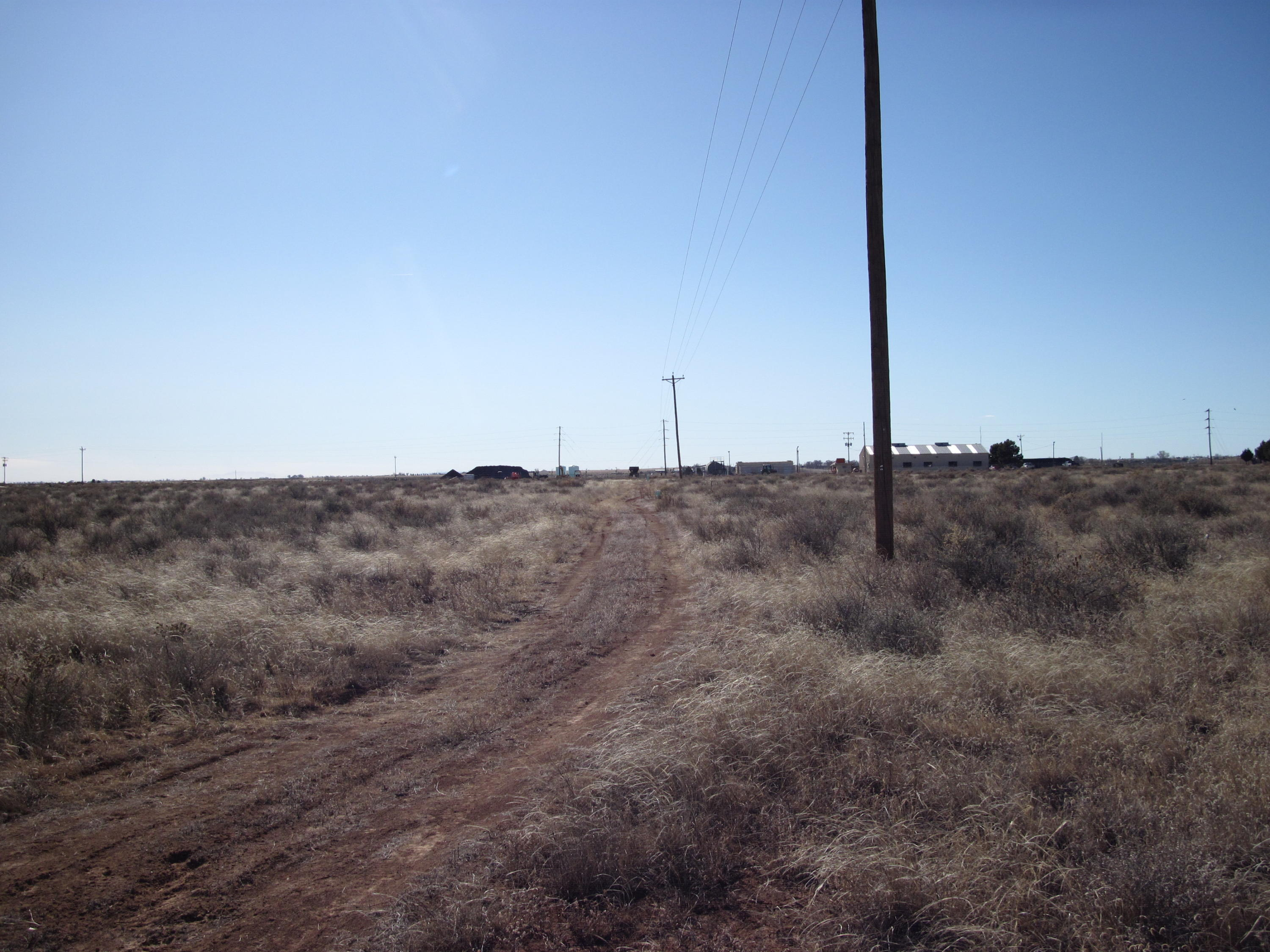 Santa Fe Avenue Property Photo - Moriarty, NM real estate listing