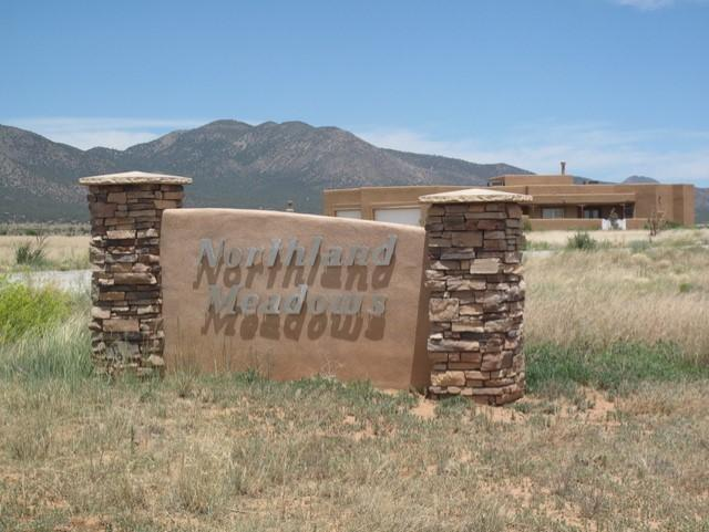 8 NORTHLAND MEADOWS Place Property Photo - Edgewood, NM real estate listing