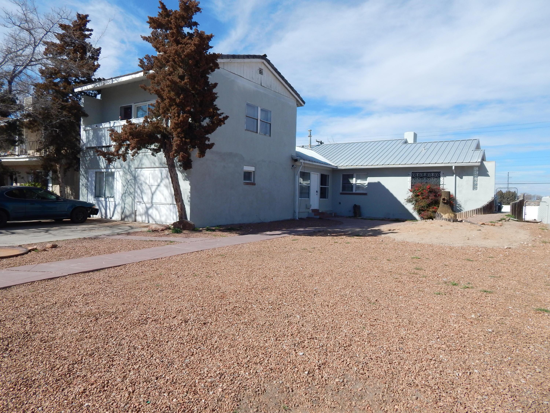 1715 SIGMA CHI Road NE Property Photo - Albuquerque, NM real estate listing