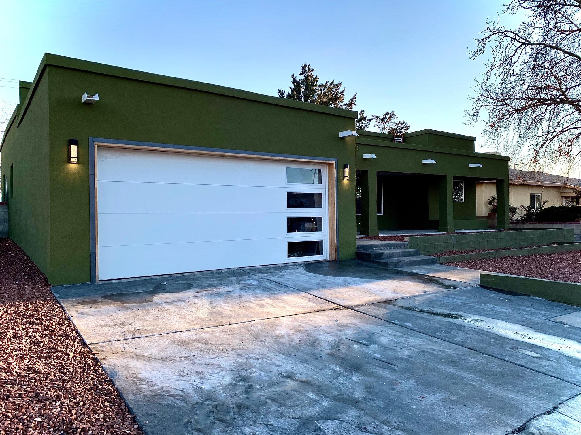 8010 Robin Avenue NE Property Photo - Albuquerque, NM real estate listing