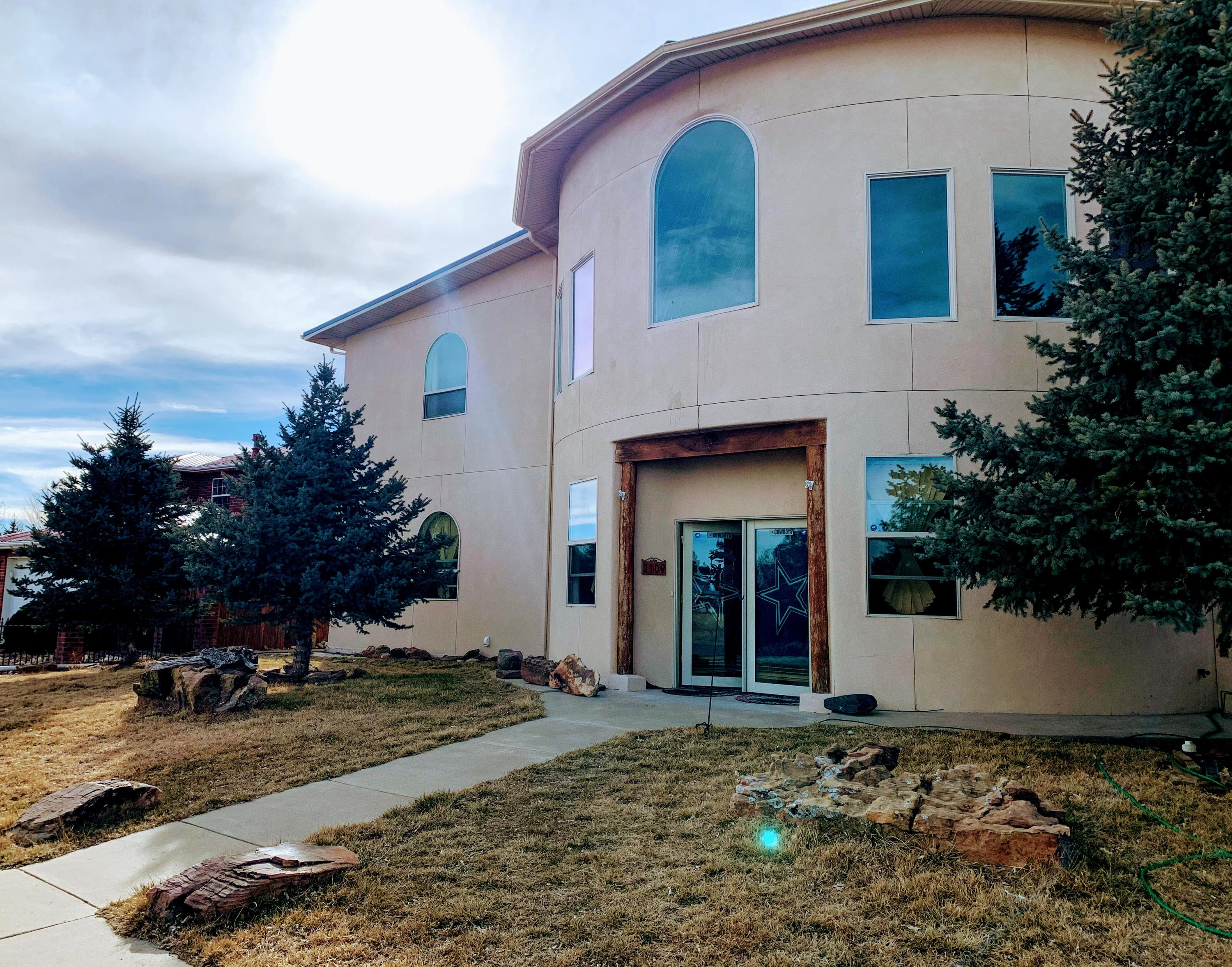 2109 LONGVIEW Drive Property Photo - Las Vegas, NM real estate listing