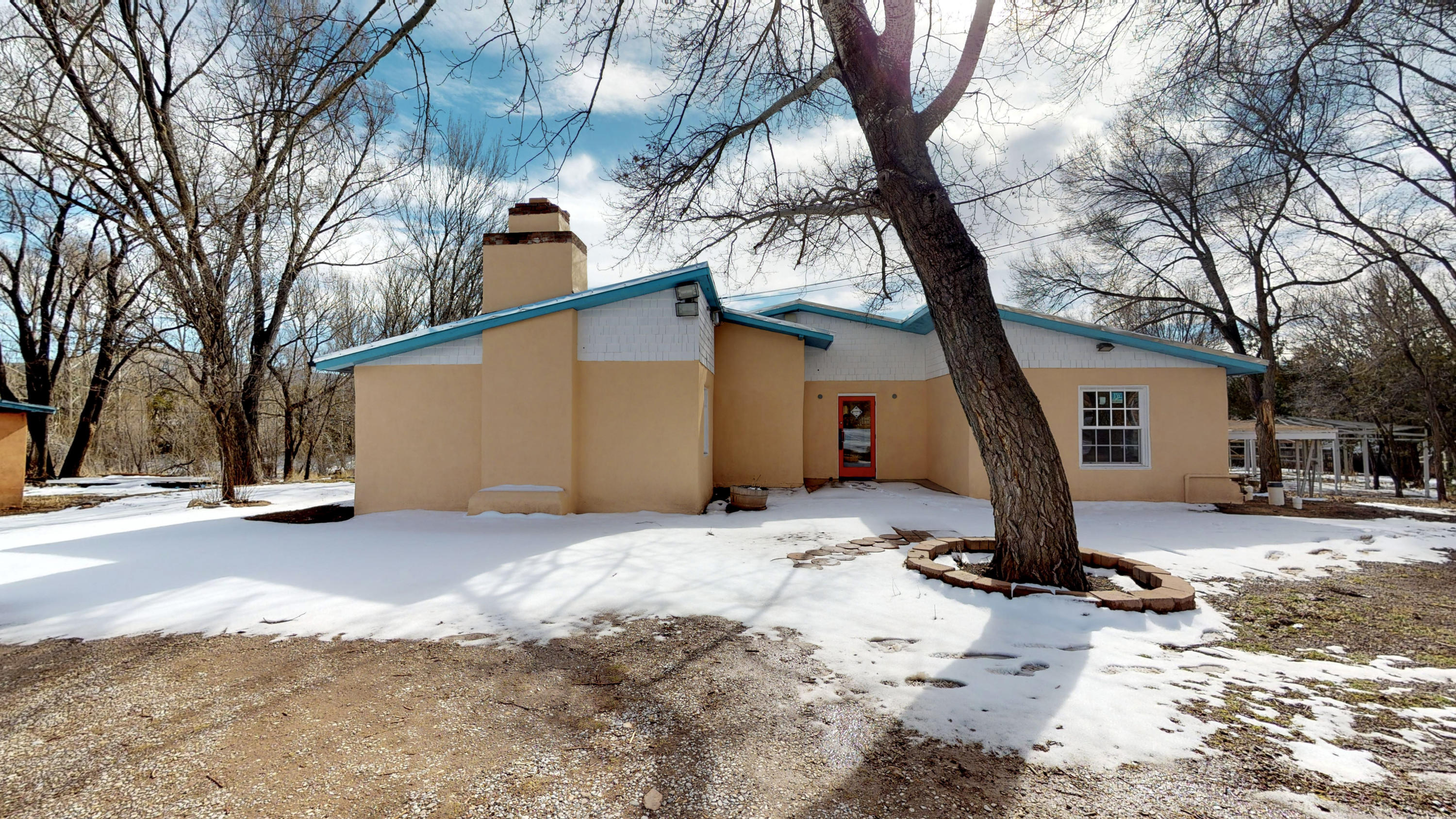 488 NEW MEXICO 333 Property Photo - Tijeras, NM real estate listing