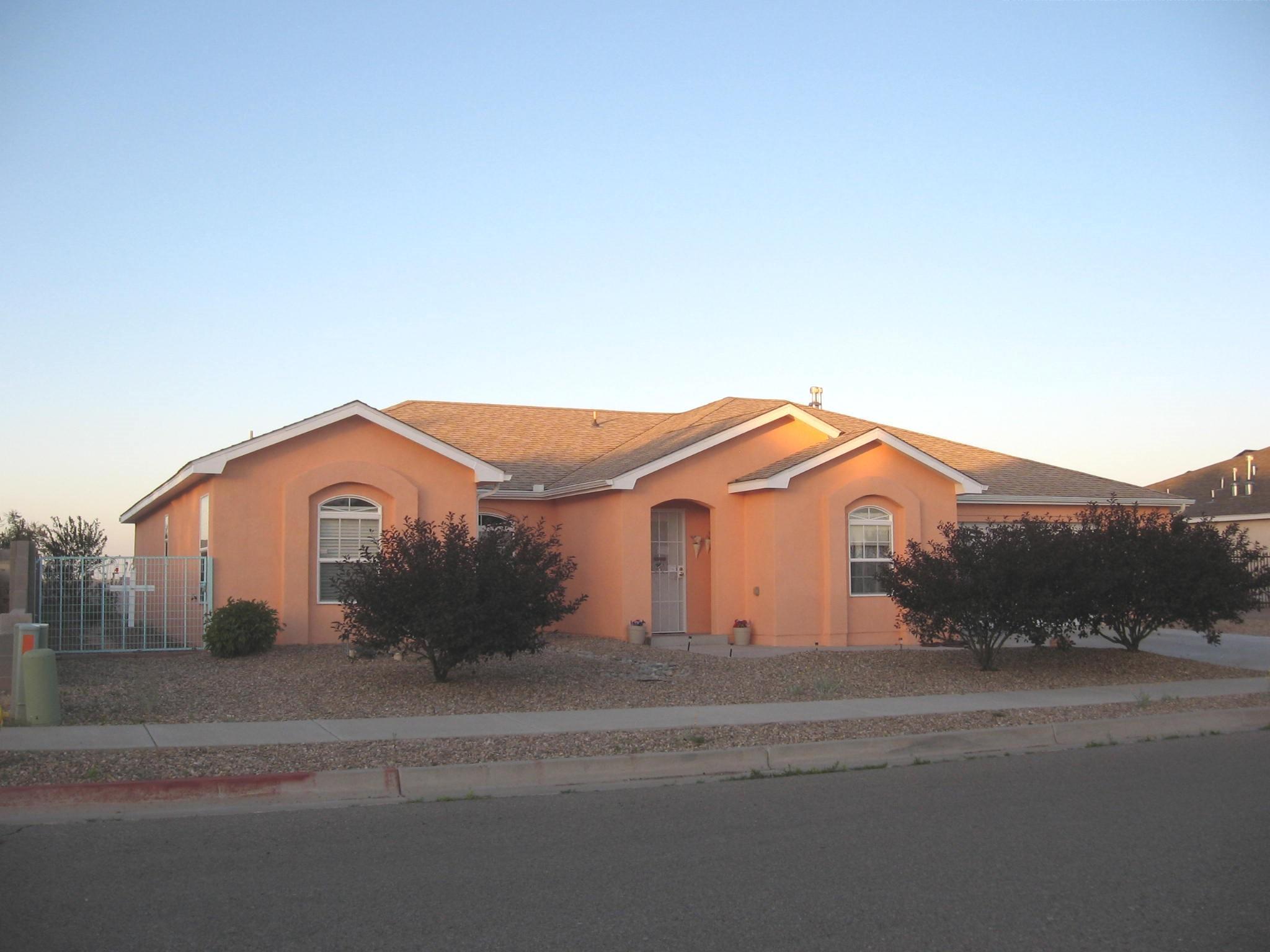 825 DESI Loop, Belen, NM 87002 - Belen, NM real estate listing