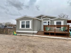 17 JARDIN Road Property Photo - Los Lunas, NM real estate listing