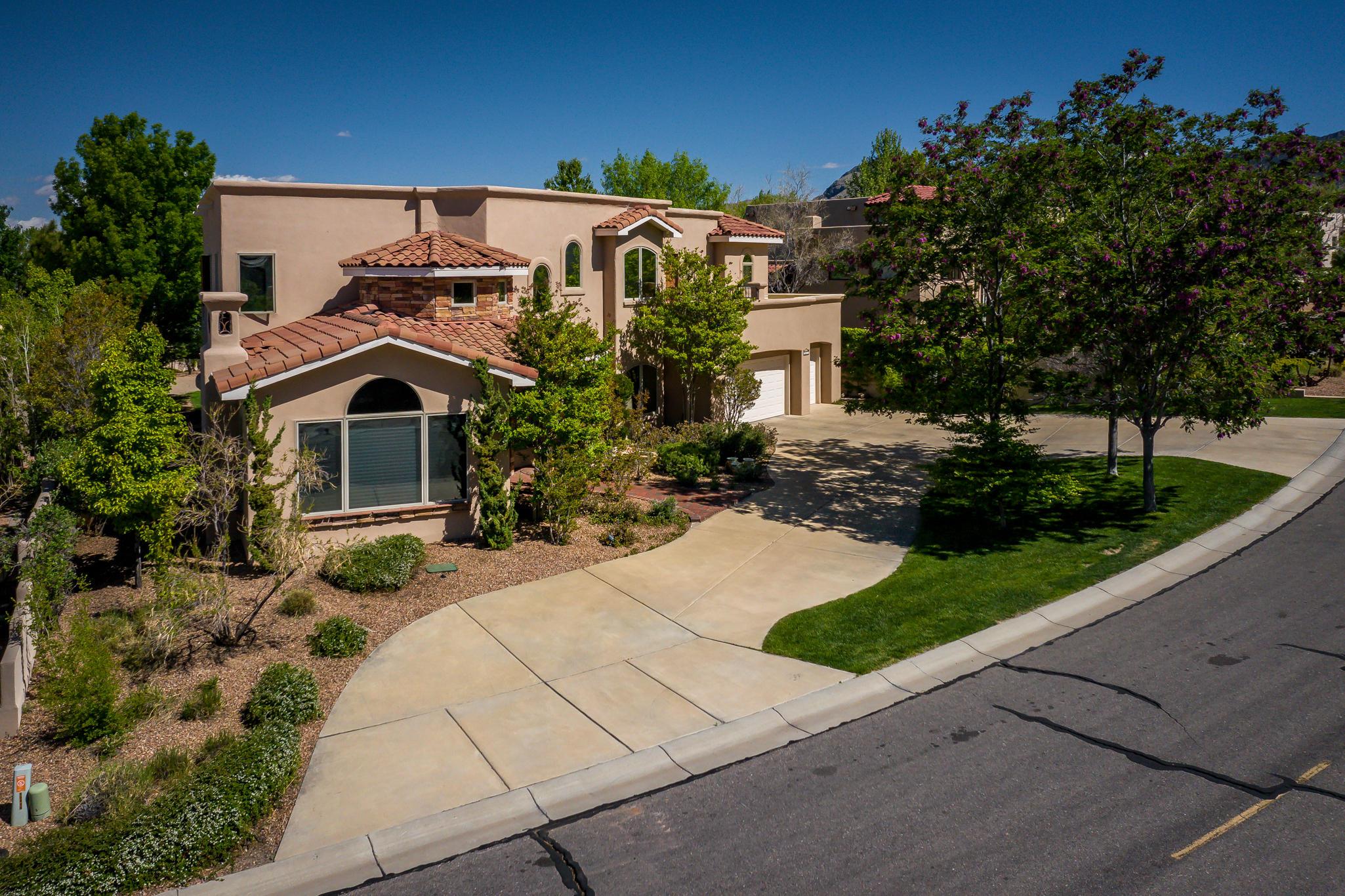 12415 SCARLET GEM Court NE, Albuquerque, NM 87122 - Albuquerque, NM real estate listing