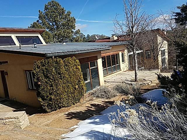 66 QUARTZ Trail Property Photo - Santa Fe, NM real estate listing