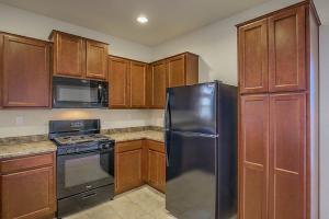 10020 Farinosa Avenue SW Property Photo - Albuquerque, NM real estate listing