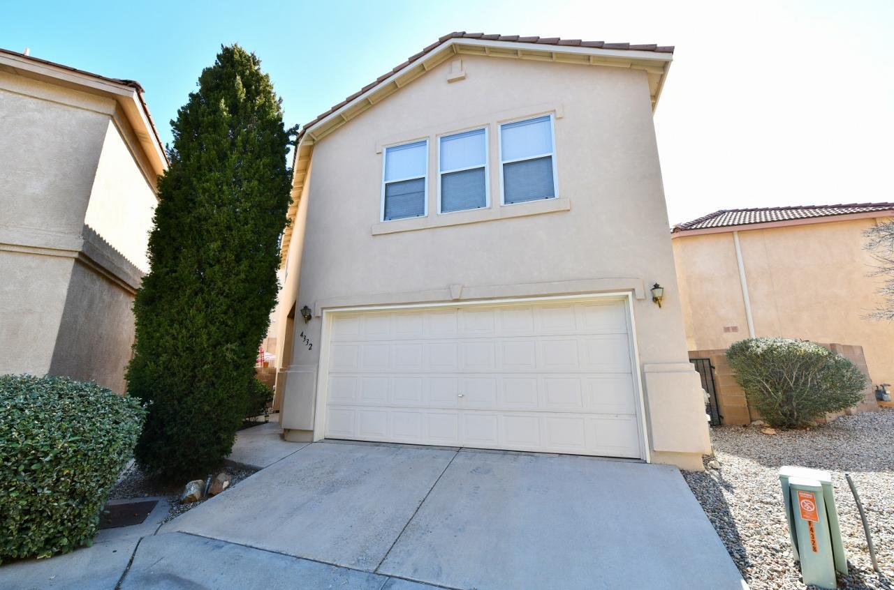 4332 ALTURA VISTA Lane NE Property Photo - Albuquerque, NM real estate listing