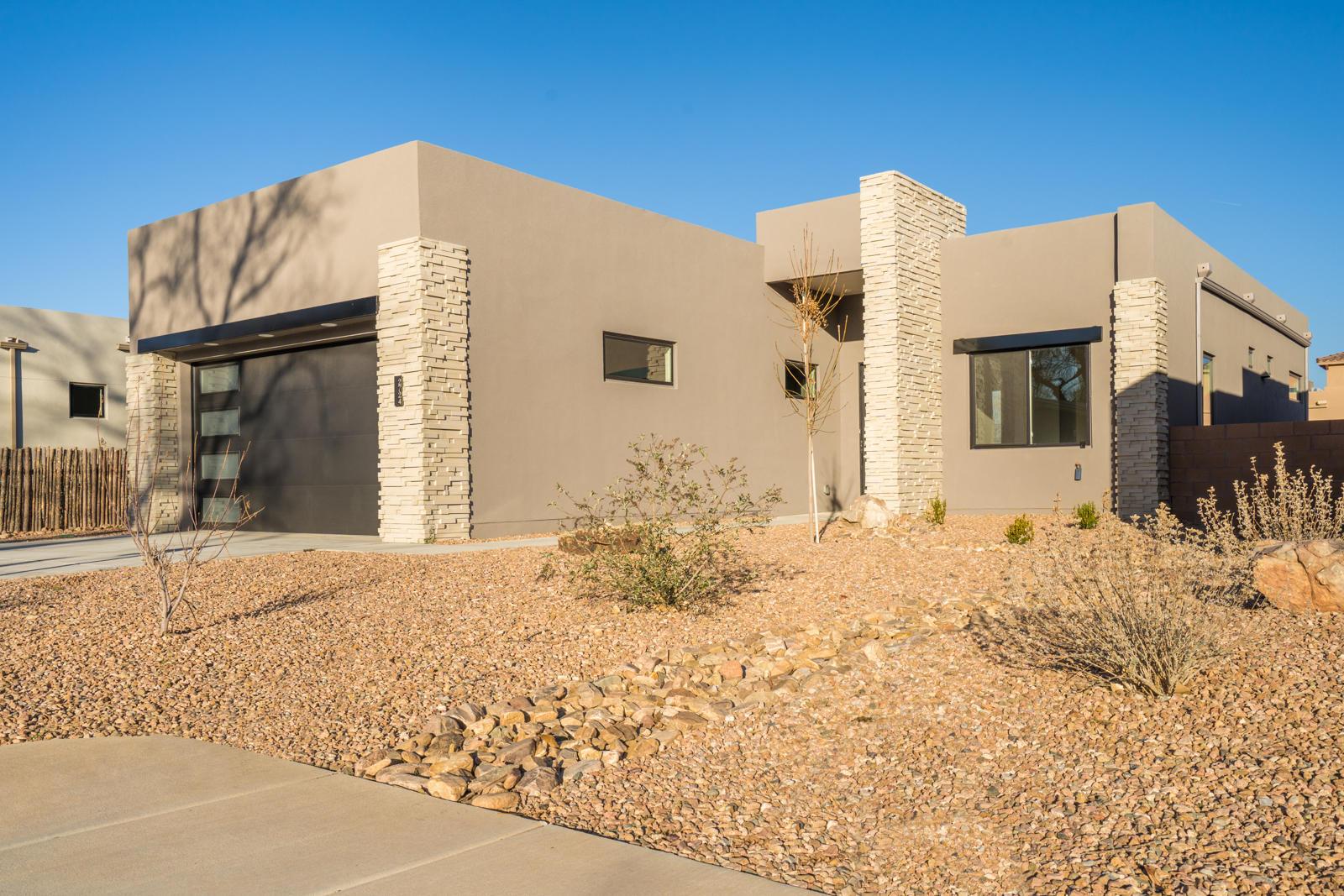 2724 PUERTA DEL BOSQUE Lane NW, Albuquerque, NM 87104 - Albuquerque, NM real estate listing