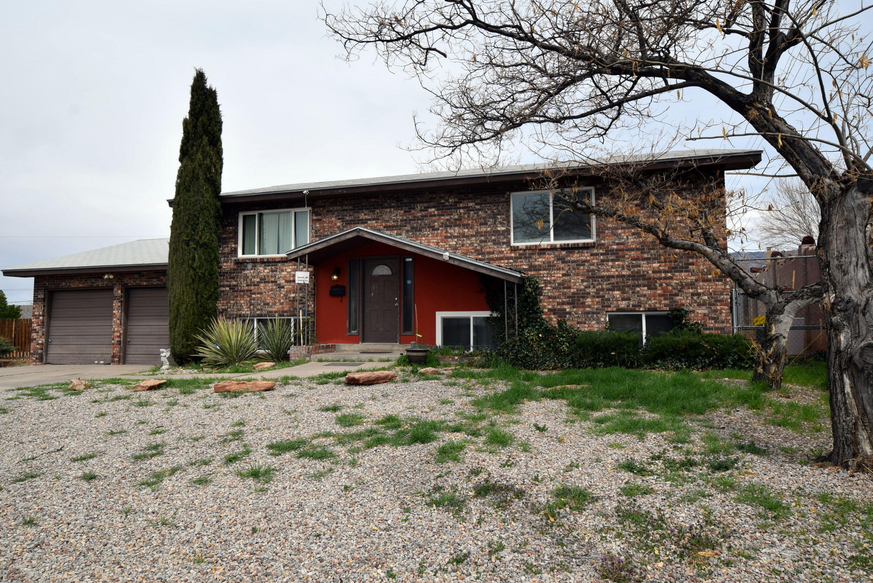 9229 LAS CAMAS Road NE Property Photo - Albuquerque, NM real estate listing