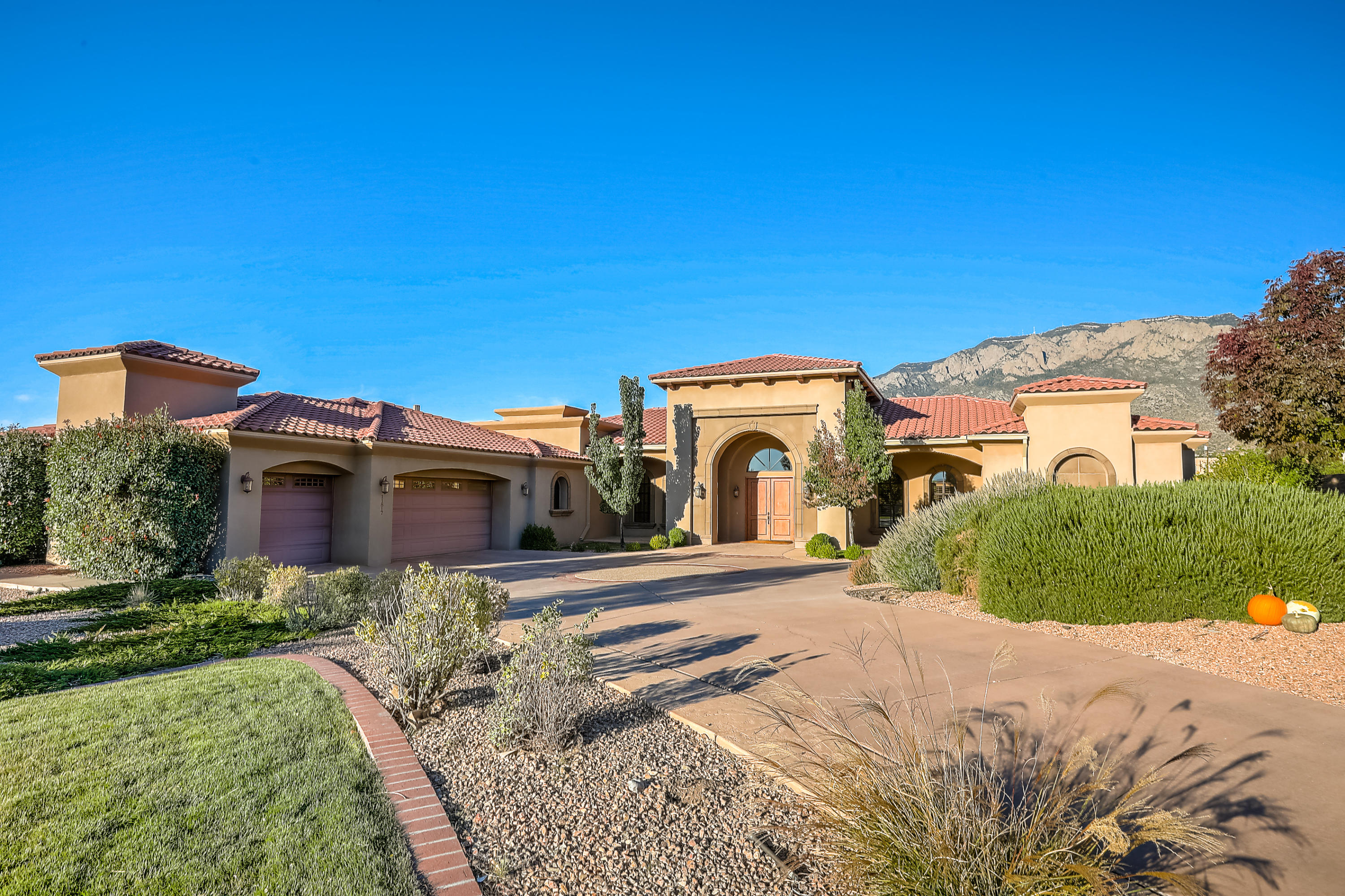 11817 CORTONA Lane NE Property Photo - Albuquerque, NM real estate listing