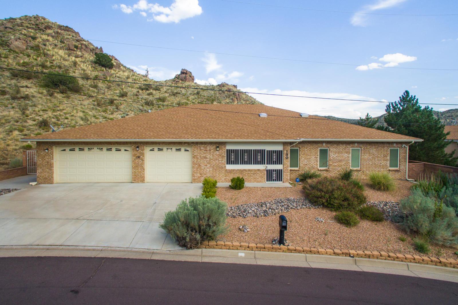 130 Camino de la Sierra NE, Albuquerque, NM 87123 - Albuquerque, NM real estate listing