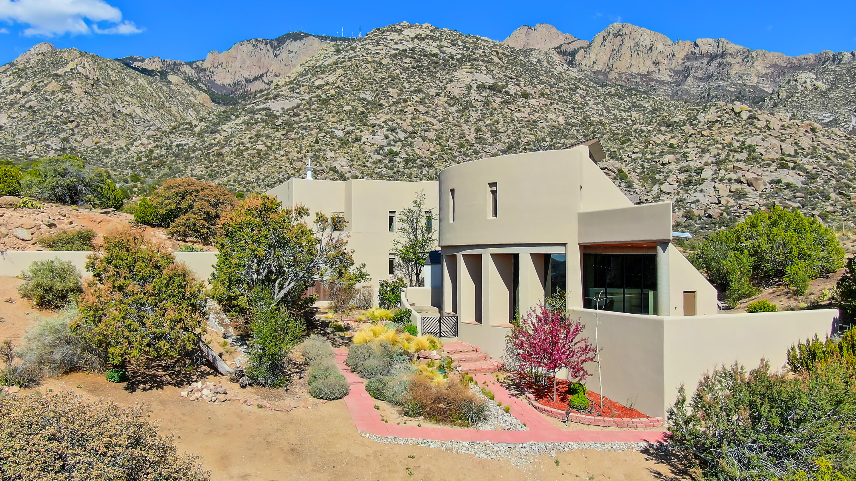 250 SPRING CREEK Place NE Property Photo - Albuquerque, NM real estate listing