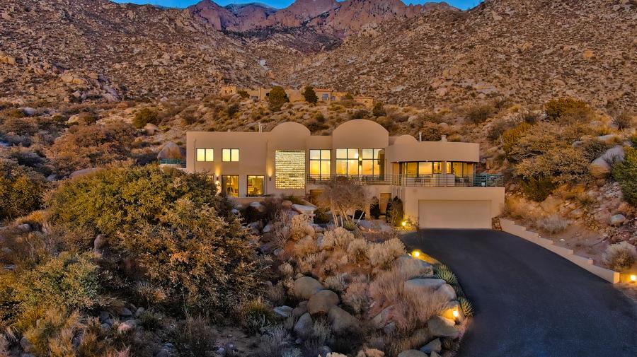 54 ROCK RIDGE Court NE Property Photo - Albuquerque, NM real estate listing