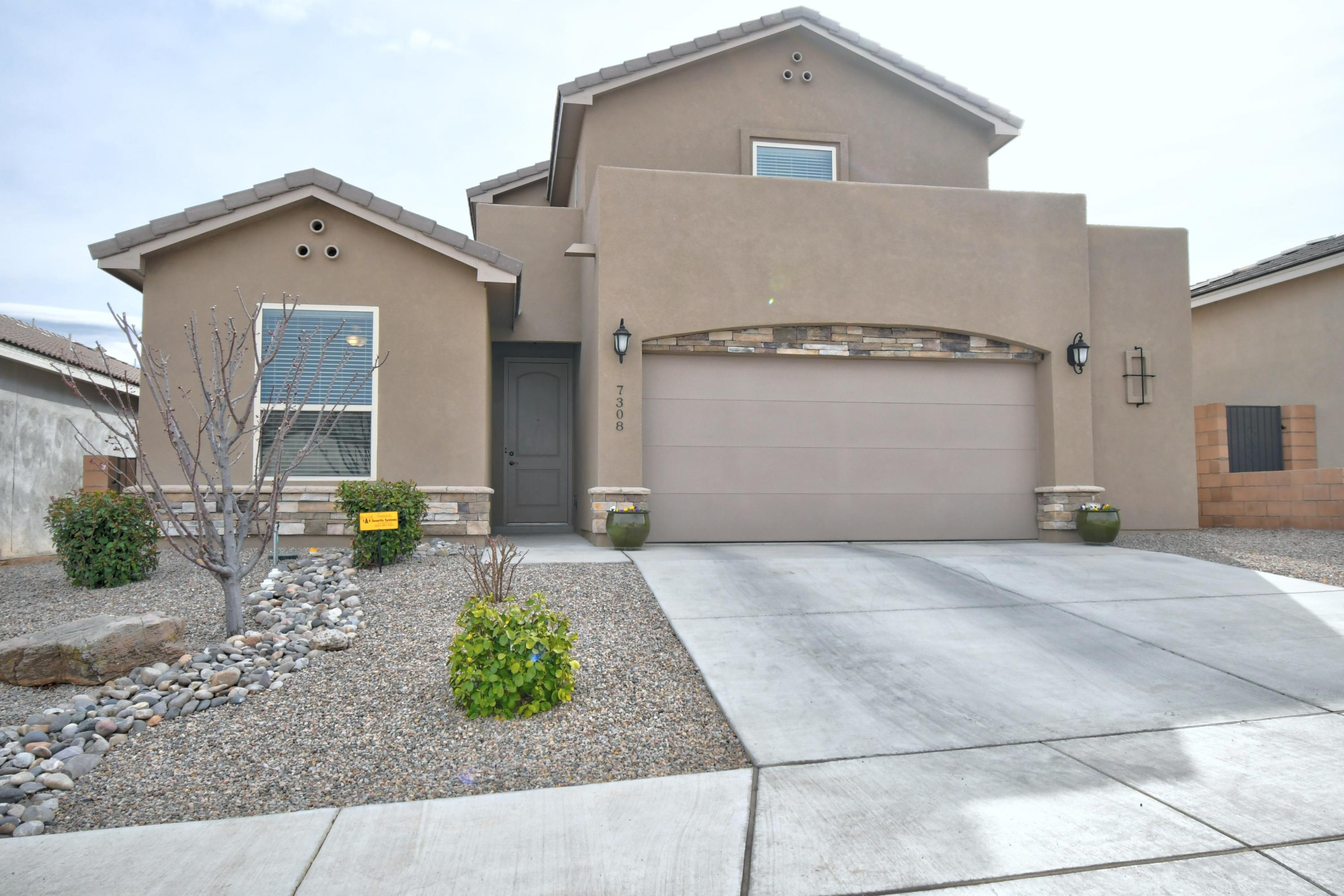 7308 Brentwood Boulevard NE Property Photo - Albuquerque, NM real estate listing