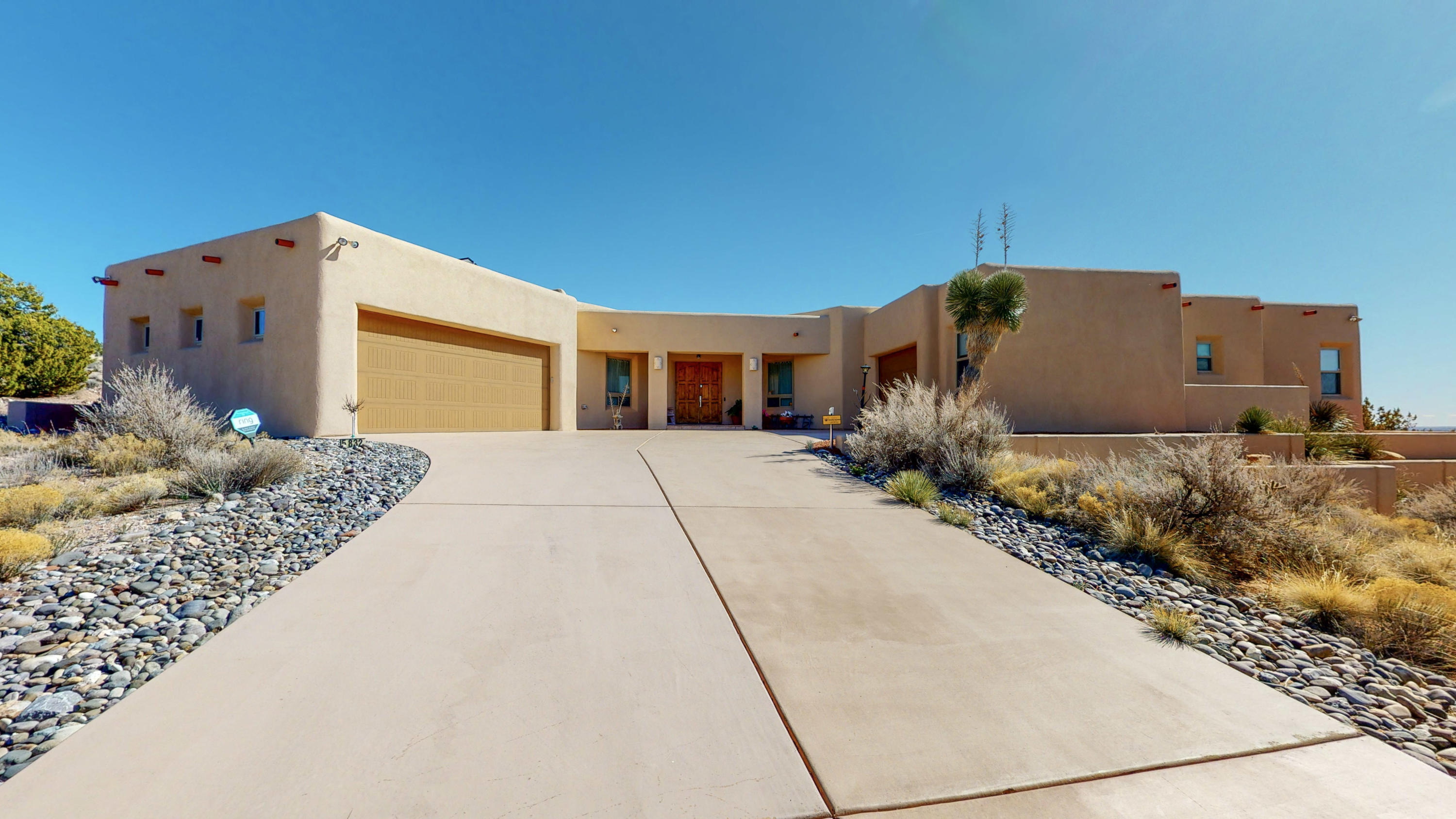 5832 RIDGELINE Place NE Property Photo - Rio Rancho, NM real estate listing